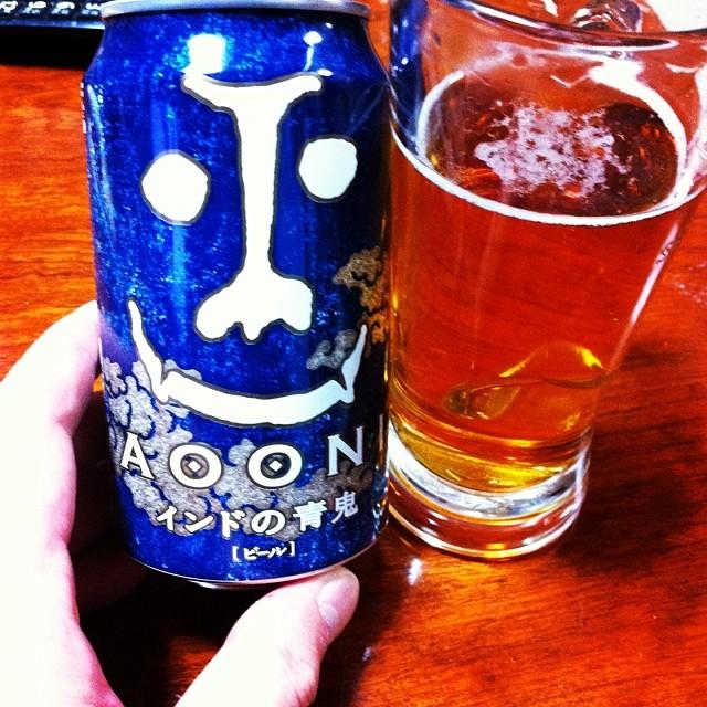 「インドの青鬼」という魔の味がするビールを飲んでみました