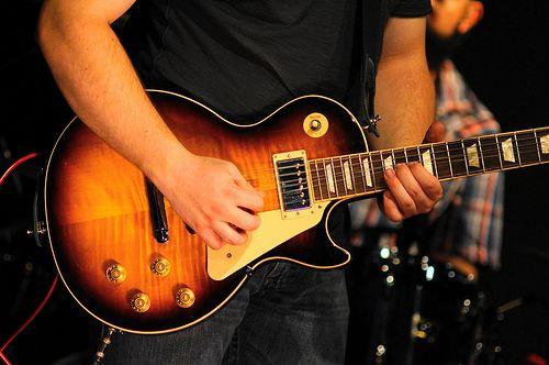 ギターで速弾きしたいなら早く弾くな