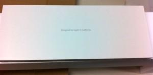 iMac付属品の箱